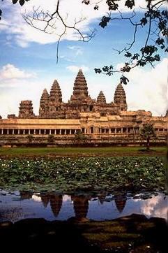 Việt Nam đối tác thương mại lớn thứ hai của Campuchia