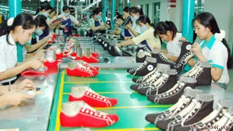 Nhập khẩu nguyên phụ liệu dệt may, da giày từ các thị trường tăng mạnh