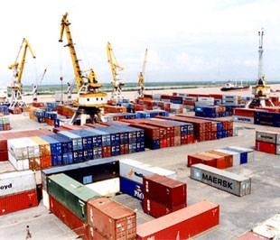 Xuất khẩu tiếp tục là điểm sáng trong năm 2013